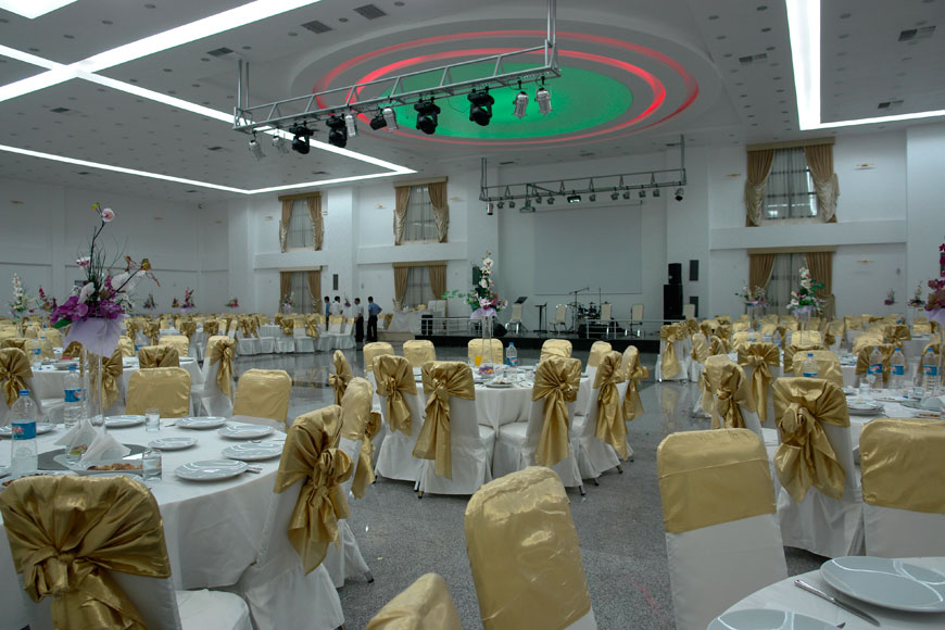 Makoy Center Weddings  Get Prices for Wedding Venues in